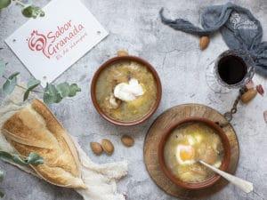 Receta para hacer sopa de ajos - Sabor Granada